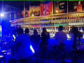 河北保定艾瑞得酒吧阿拉伯水烟