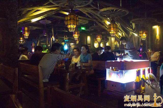 去酒吧 一般一个晚上消费多少