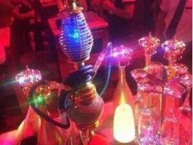 酒吧里面玻璃和管子的是什么东西