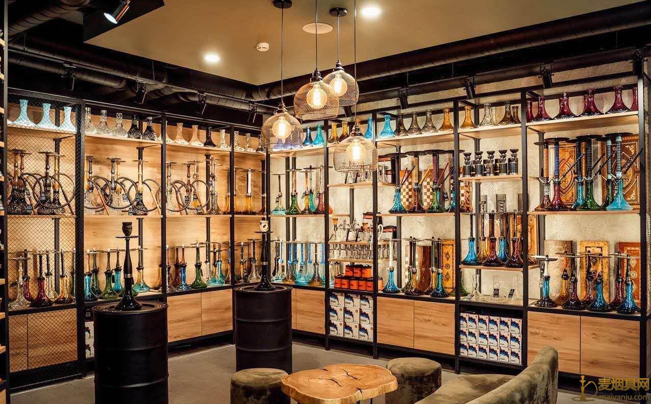 非常漂亮的阿拉伯水烟专卖店 水烟壶展架