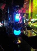 酒吧夜店慢摇吧里面很多管子吸的东西是什么?