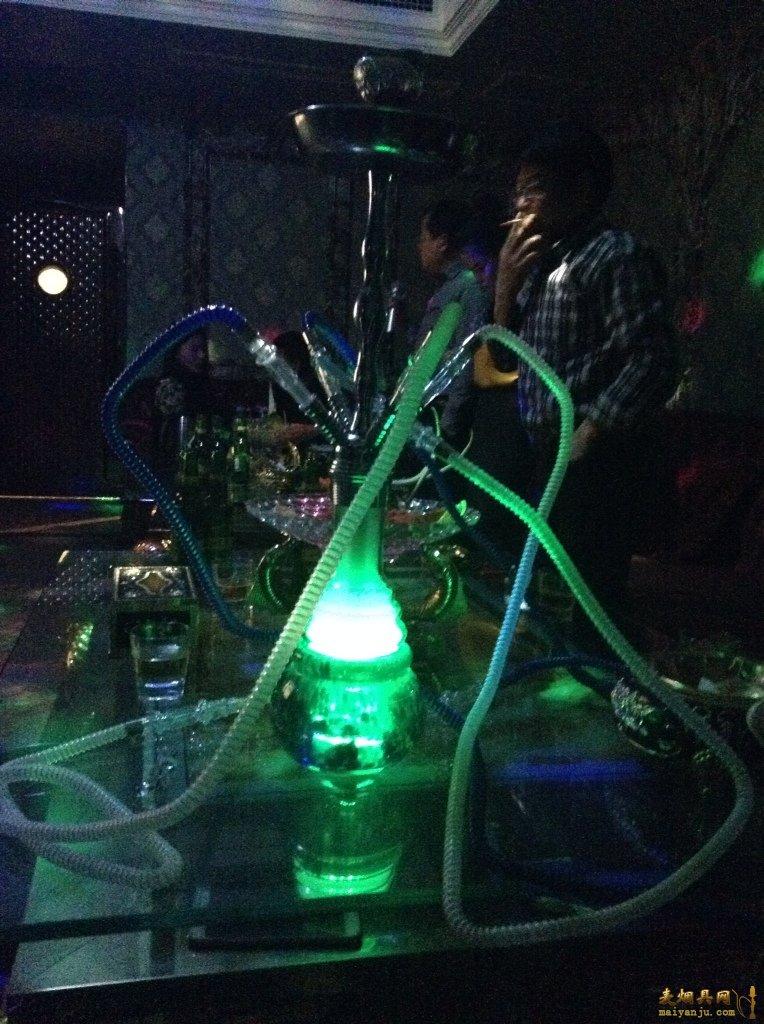苏荷酒吧水烟壶